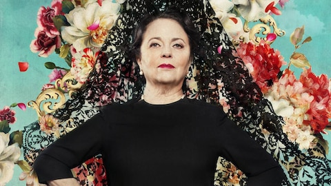 Mi Querida Cofradia (Hopelessly Devout) (HBO)
