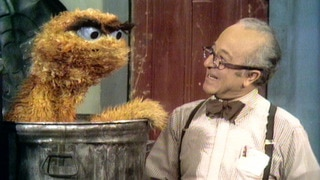 Mr. Hooper Bakes Oscar a Baked Bean Sandwich